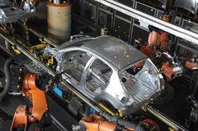تولید خودروی سواری ۲۰ درصد رشد یافت