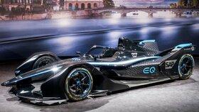 حضور تیم بنز در مسابقات فرمولE با خودرو«EQ Silver Arrow 01»