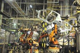 ایران خودرو در آستانه عبور از تولید نیم میلیون دستگاه خودرو
