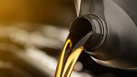 انتقال فناوری روغن موتور از پیست به جاده