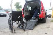 اندر دشواریهای خودروسواری با ویلچر