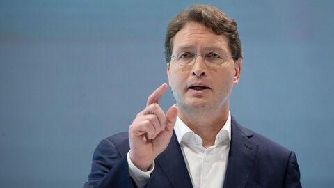 اولا کالهنیوس نخستین مدیر غیرآلمانی گروه دایملر و برند مرسدس بنز