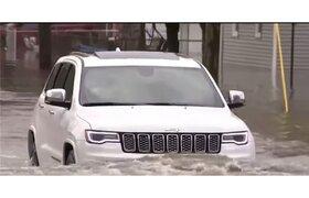 خودروهای استلانتیس زیر آب رفتند
