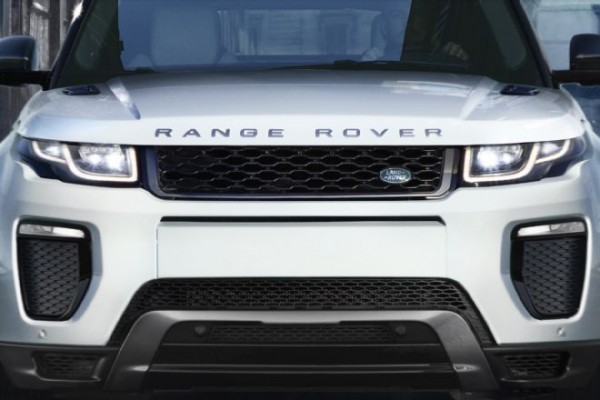 2016-land-rover-range-rover-evoque-front-end-03