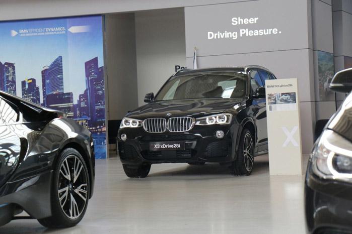 BMW X3 ( قیمت : 440 میلیون تومان )