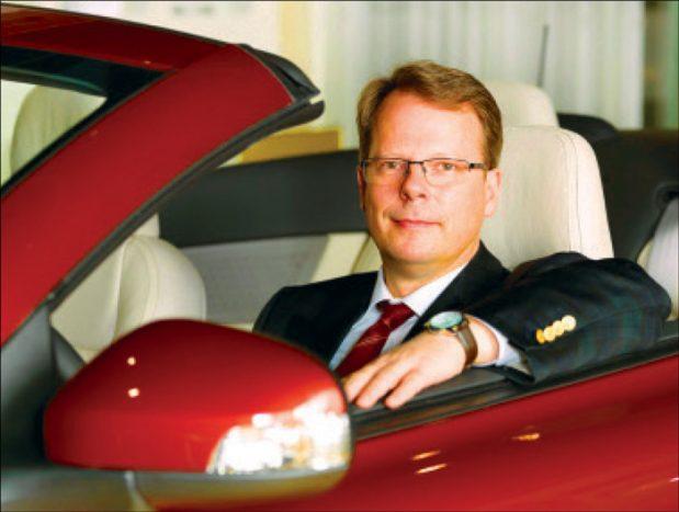 پیتر مورتنس: «تا سال 2025، یکسوم فروش ما هیبرید پلاگین و خودروهای الکتریکی باتریدار خواهد بود.»