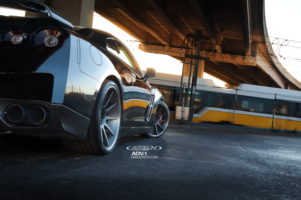 نیسان GTR