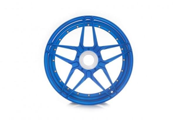 adv1-wheels-adv05smv2cs-press-shot-1_w940_h641_cw940_ch641_thumb