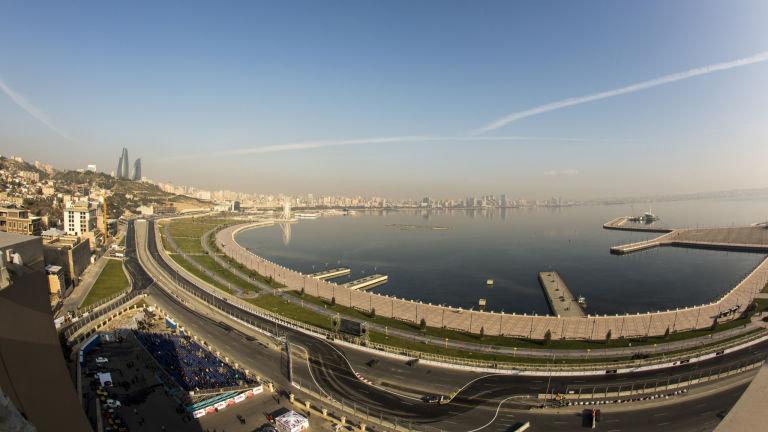 منظرهی دریای خزر در باکو، پایتخت جمهوری آذربایجان